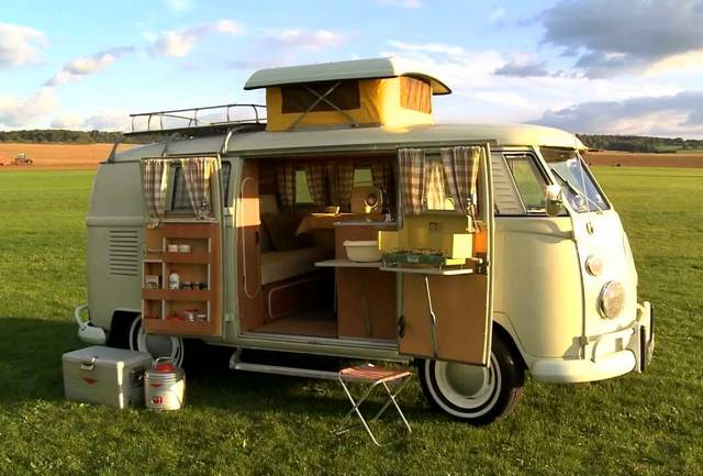 la gamme des camping car vw jusqu 39 en 1967. Black Bedroom Furniture Sets. Home Design Ideas