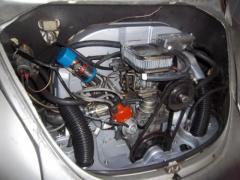 Vue avant moteur semi-auto restauré
