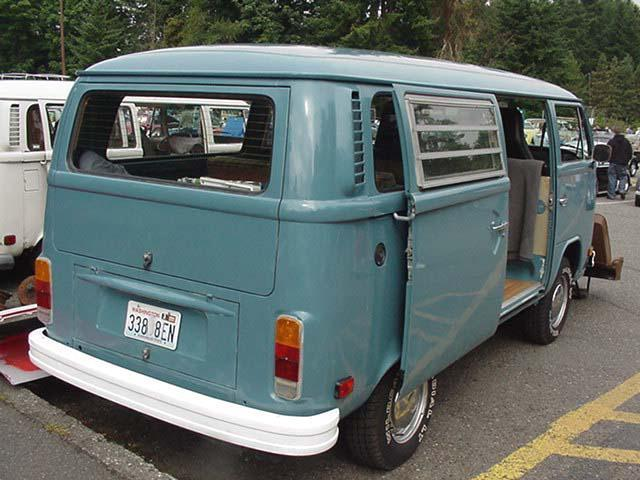 1192113890_vw-bay-window-bus-sample-color10(Small).jpg.d46fad8341452c10474c27bd1b38ada9.jpg
