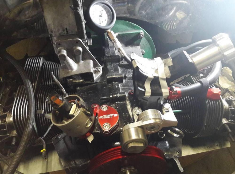 moteur.thumb.jpg.71470b9a7c04aa4370f8bb7bbcb381c7.jpg