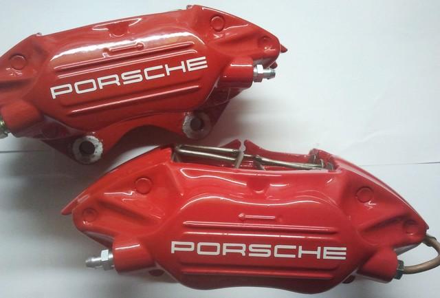 L'installation de freins Porsche 944 sur Cox