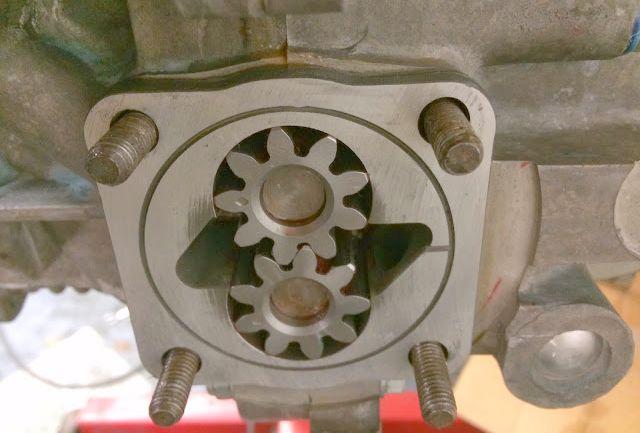 Outil de mise en pression d'huile